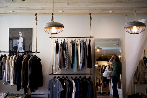 clothing store 984396  340 - オーストラリアの都市ごとの季節別服装。冬は意外と寒い!?