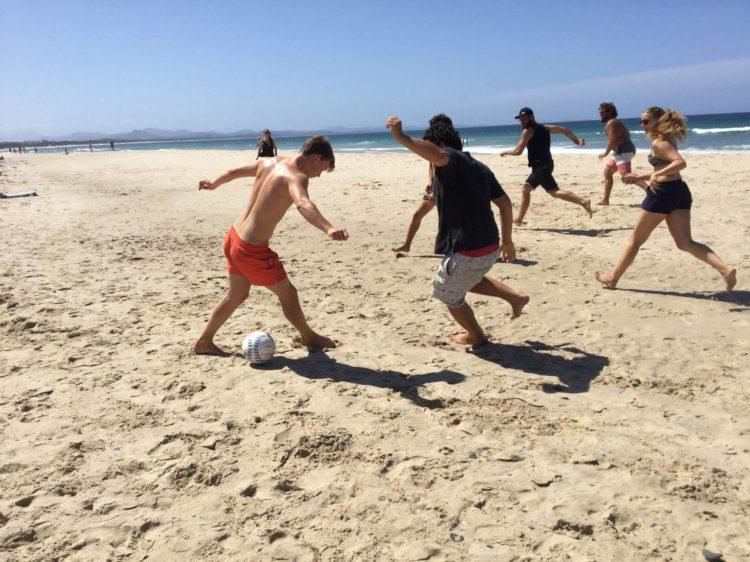 BB Beach soccer - バイロンベイ留学はなぜ人気?デメリットも合わせて解説の完全ガイド!