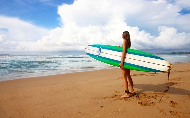surfing 1210040 640 - ケアンズ留学はなぜ人気?デメリットも合わせて解説の完全ガイド!