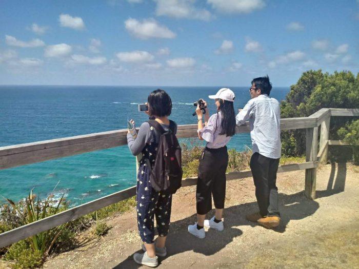 taking a photo e1561976144320 - Ability, MEGT, IH Sydneyで1年間の保育留学【オーストラリア留学体験談】